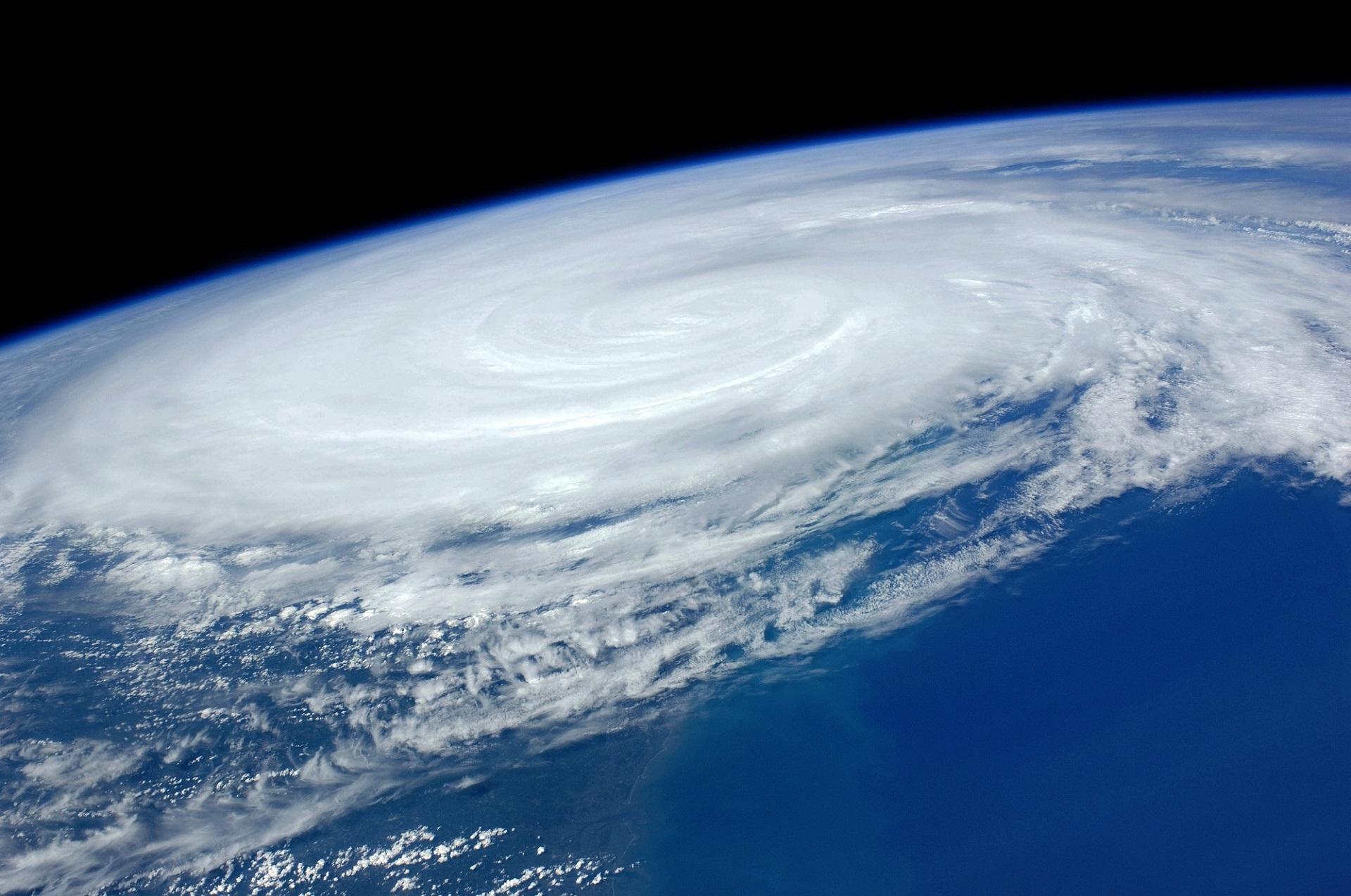hurricane-1245322.jpg